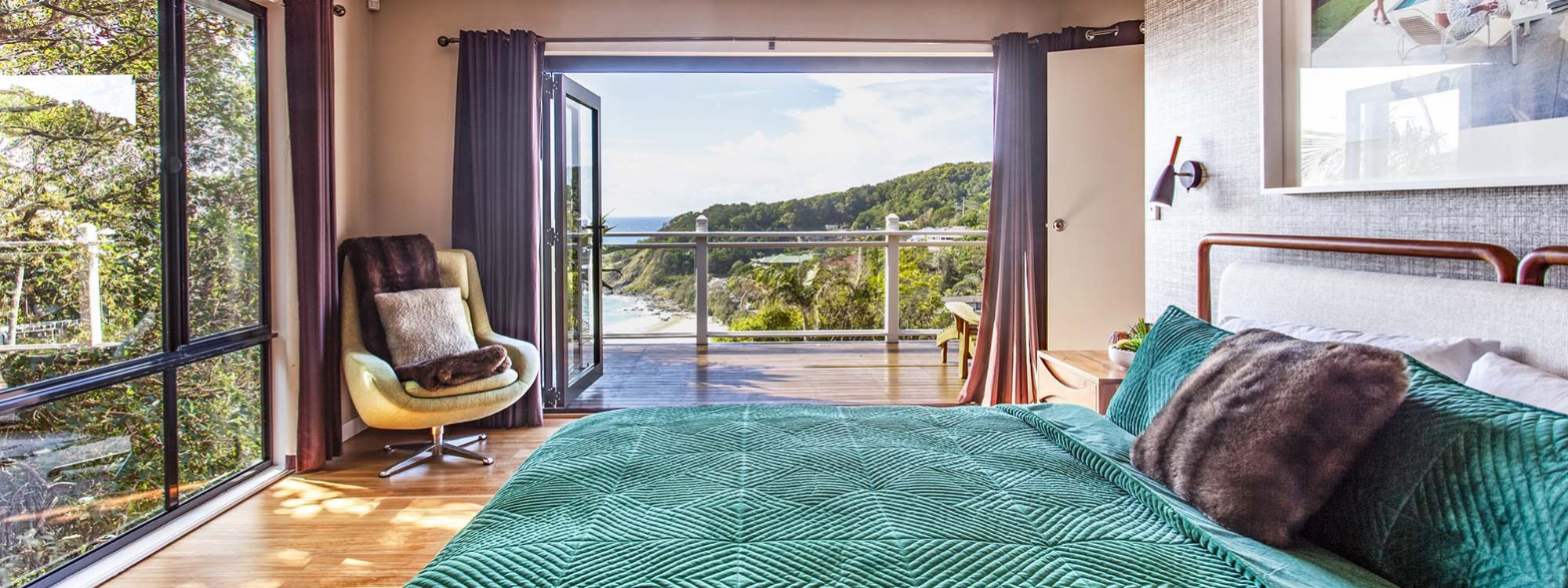The Palms at Byron - Byron Bay - Master Bedroom