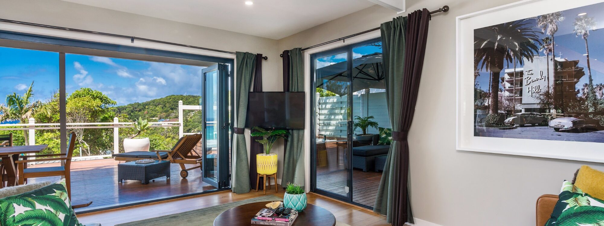 The Palms at Byron - Wategos Beach - Byron Bay - Lounge room