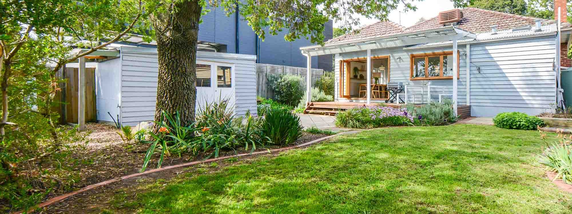 The Veronica - Northcote - Outdoor Lawn Area