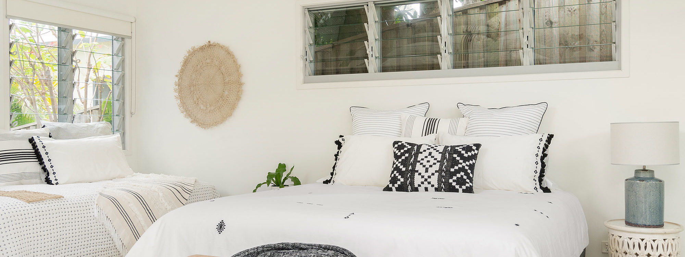 The White Rabbit - Byron Bay - Studio Bedroom b