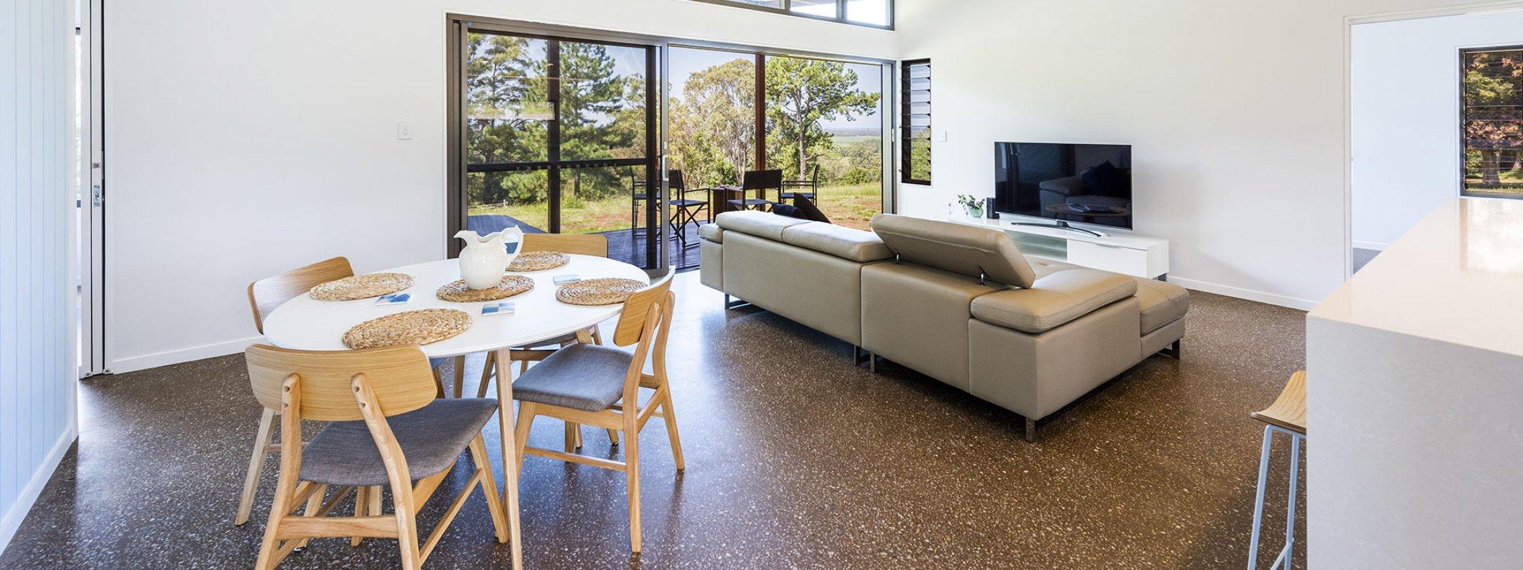 Toad Hall Cottage - Lennox Head - Living Room