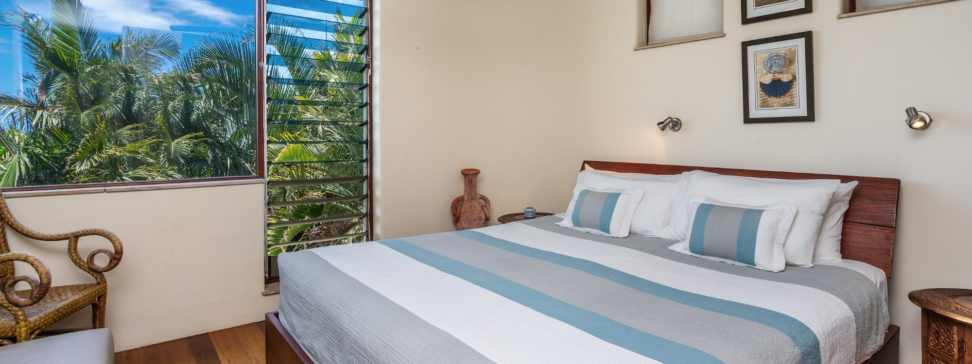 Wategos Retreats Apartment - Wategos Beach - Byron Bay - Apartment Bedroom