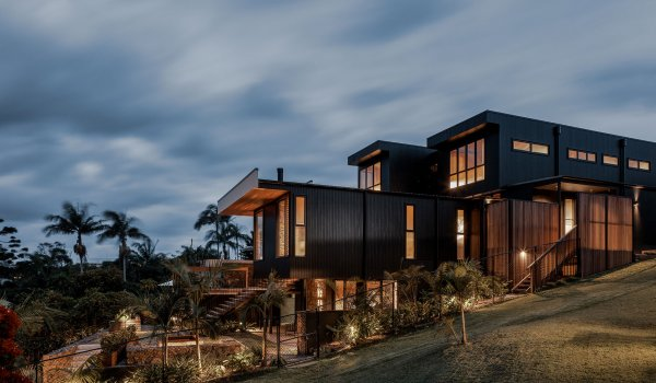 Bay Rock House - Byron Bay - Rear Side View at Dusk
