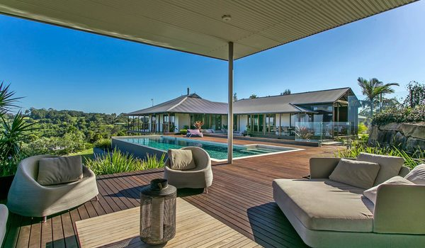 Callistemon View - Byron Bay Hinterland - Federal - Cabana back of main house