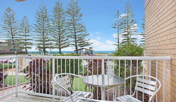 Camden #2 - Gold Coast - Balcony View b