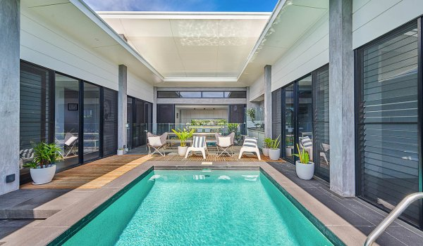 Greenview - Lennox Head - Pool Square On