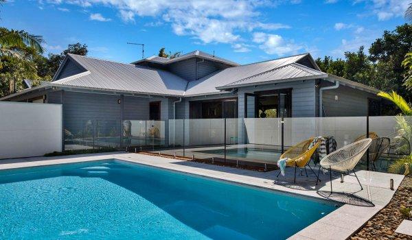 Jannah - Lennox Head - Pool and house view