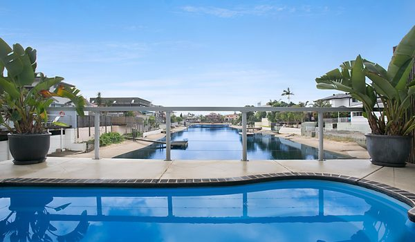 La Casetta - Broadbeach - Pool and views