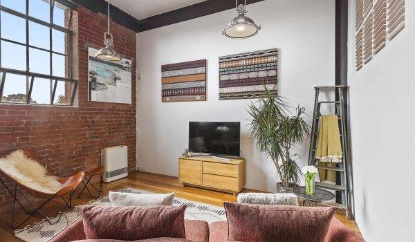 Loft on Rose - Fitzroy - Living Room