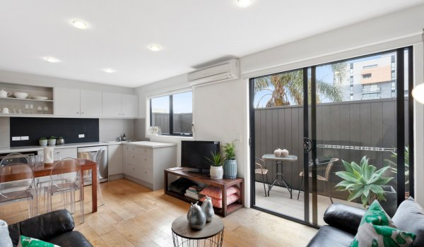 Manallack Apartments Whiteley - Melbourne - Living Area
